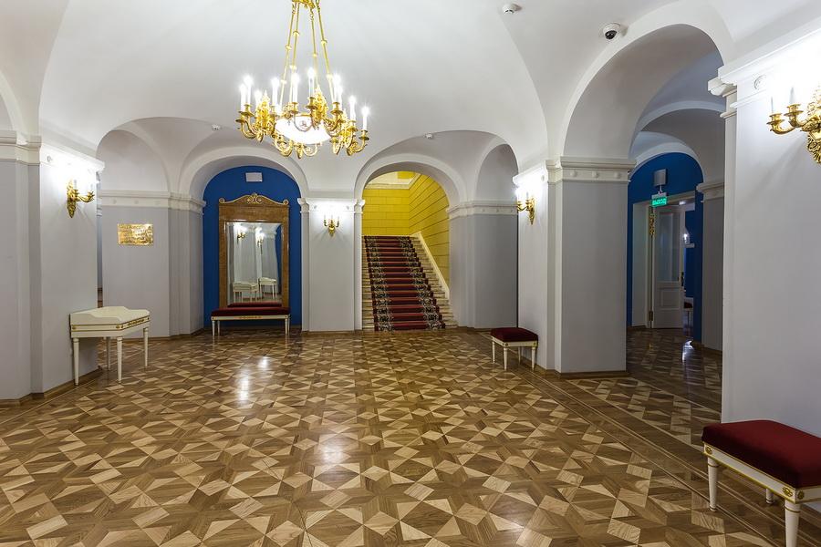 Малый театр билеты стоимость афиша театры челябинск на ноябрь 2014